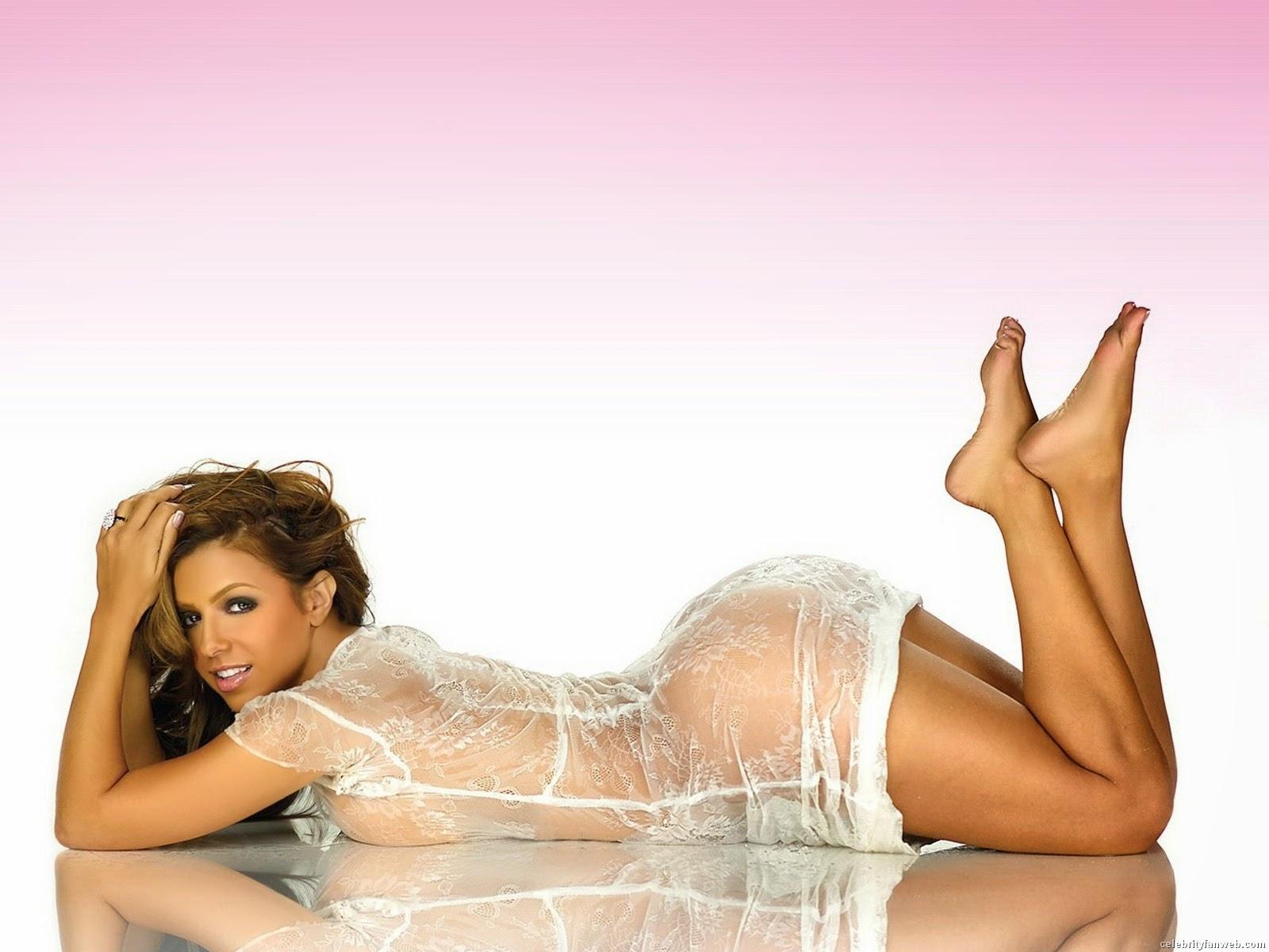 Hot Girls Wallpapers - Free Entertainment News
