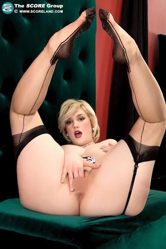 Siri_Shes Got Legs_4