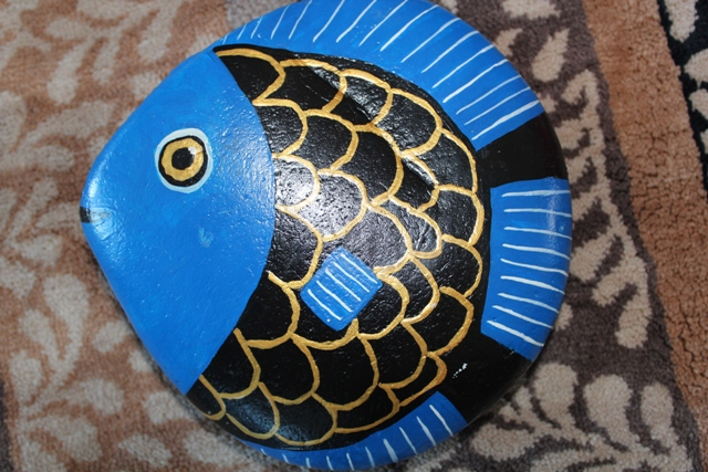 Rock painting fish online image arcade for Fish that looks like a rock