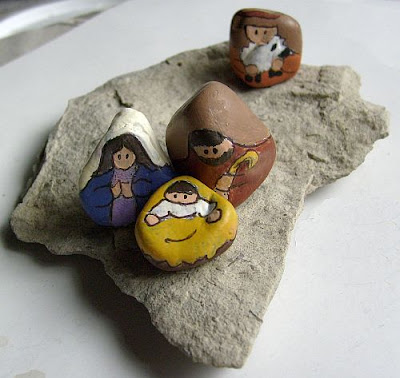 painted rocks, nativity sets, nativity scene figures, slate, Cindy Thomas