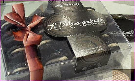 http://www.boulangerie-blais-56.com/page/les-macarandouilles-et-les-macarons