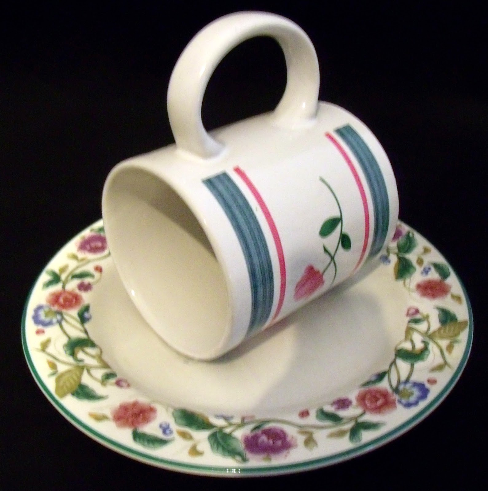Struggleville upcycled coffee mug bird feeder
