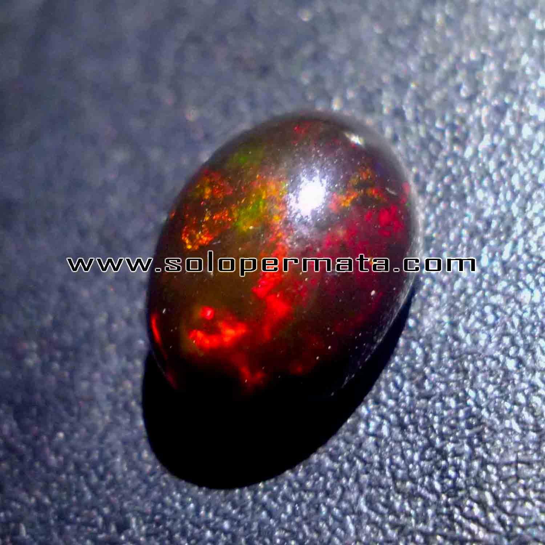 Batu Permata Black Opal Fire