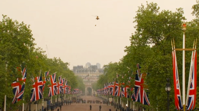 The helicopter of Air Rescue hovers over Buckingham Palace. YouTube 2011.