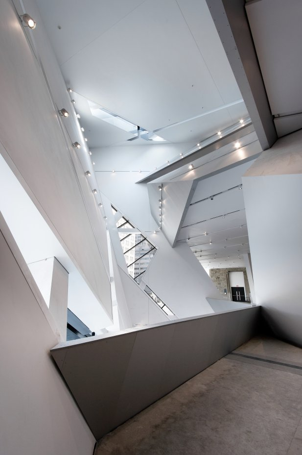 Royal Ontario Museum by Studio Daniel Libeskind and white interior with small balconies