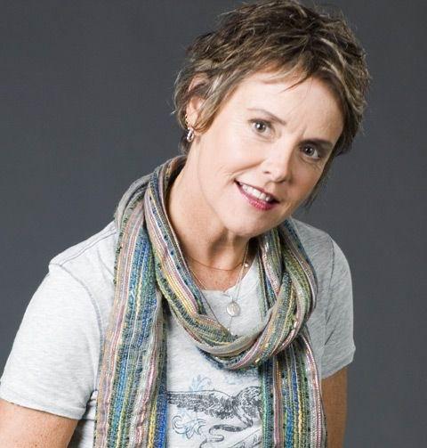 Amanda Bearse - Hollywood Celebrity, Film Director, Actress, Anchor ...