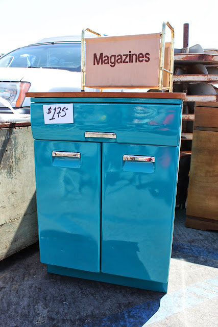 Pasadena Rose Bowl Flea Market - Mid-Century Modern, Vintage and Retro