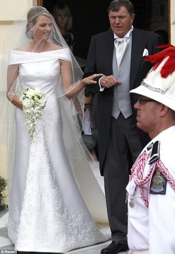 Армани направи булчинската рокля на принцеса Шарлийн от Монако