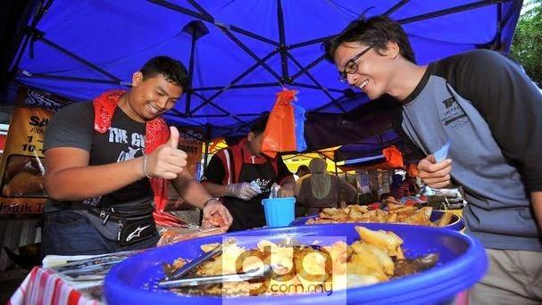 RM15@Param : Azwan Kombos Dapat 6 Biji Samosa Dengan RM2