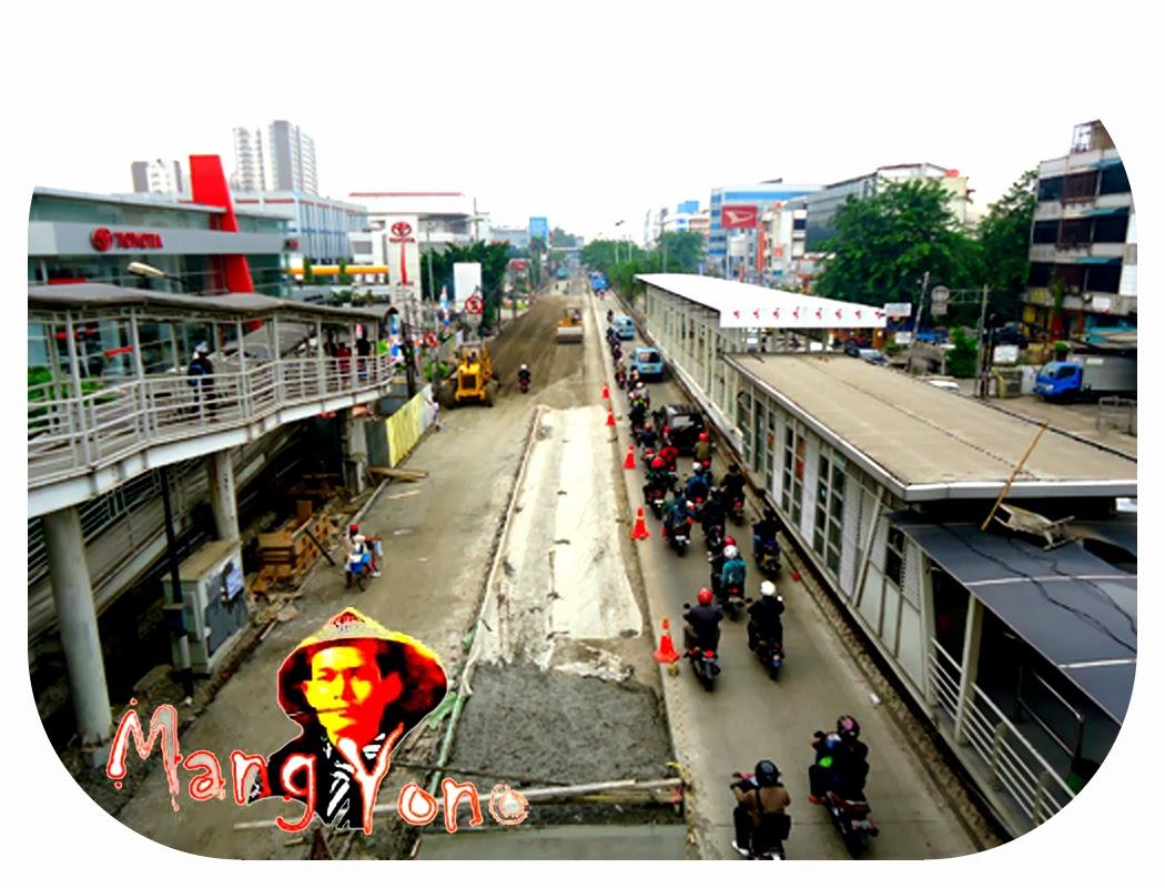 Depan Indosiar dari 4 jalur yang bisa di lalui cuma 1 jalur