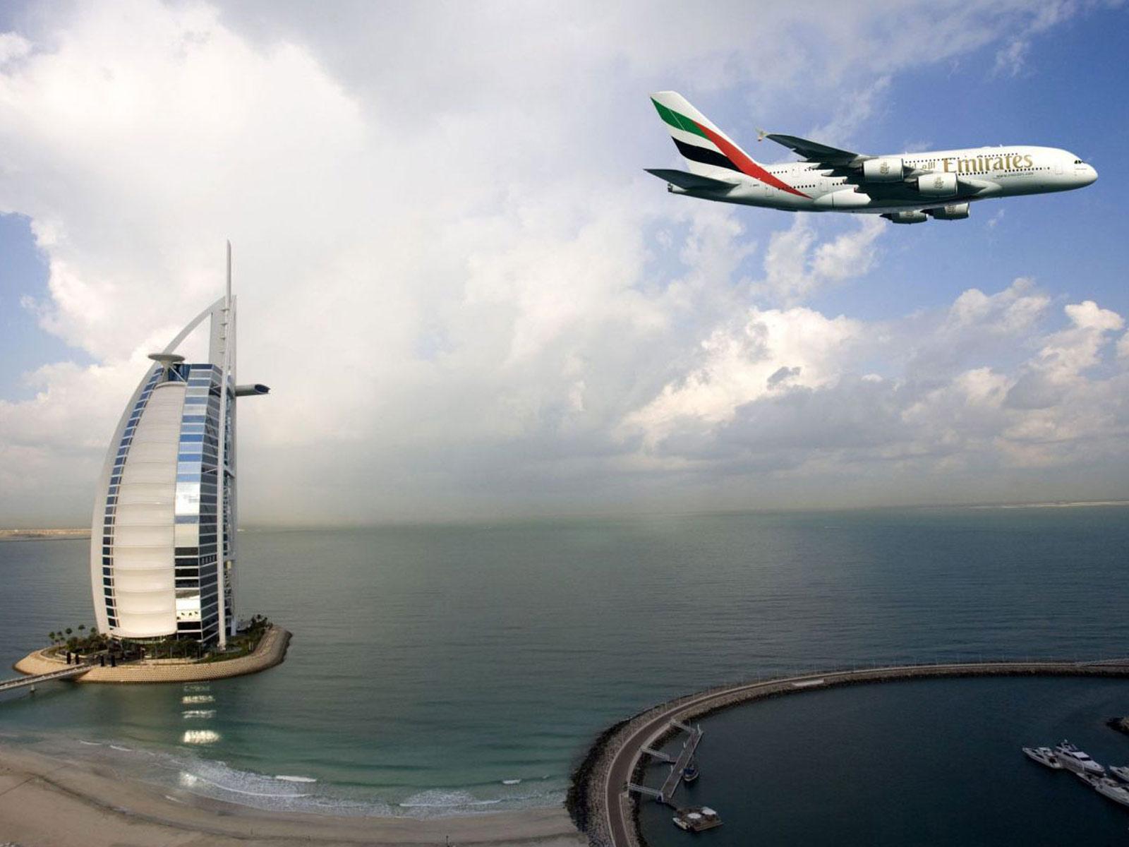 http://3.bp.blogspot.com/-nvcbKv68Dsk/UABx7jwXH8I/AAAAAAAAKk4/qQqUMIiVXjs/s1600/Emirates-Dubai-Burj-Al-Arab-HD-Wallpapers.jpg