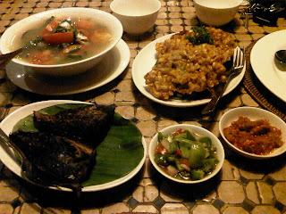 Masakan Manado ala Jakarta (Kuah Asam, Perkedel Milu, Cakalang Fufu