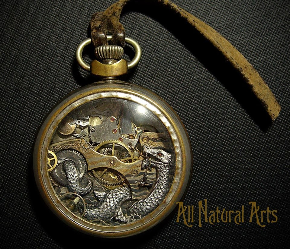 12-Snake-Recycled-Watch-Sculptures-Steampunk-Susan-Beatrice-All-Natural-Arts-www-designstack-co