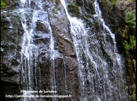 http://www.dailymotion.com/video/x21skov_grande-cascade-de-tendon_travel