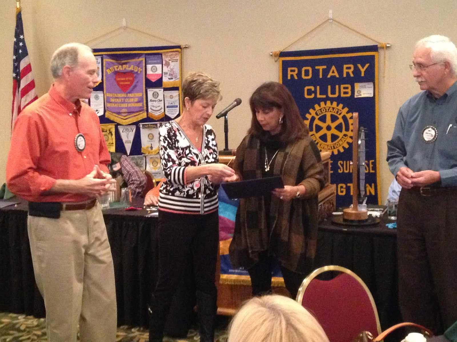 Wenatchee Sunrise Rotary Club Awards New Member Announcements