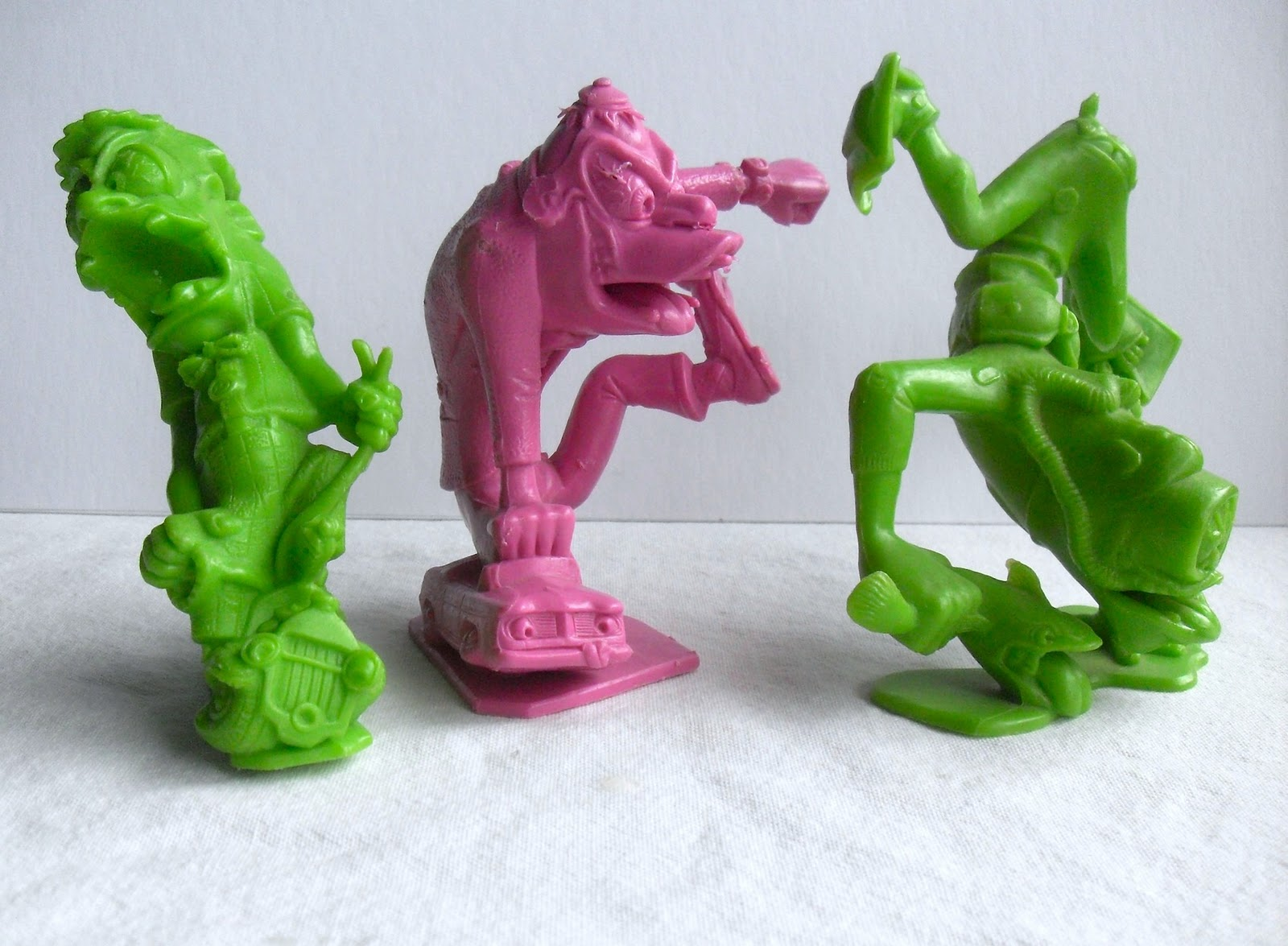 Old Toys From The 1960 : Art skool damage christian montone nuggets from the