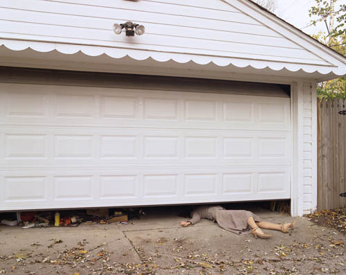 Nicola Kuperus photography - Garage Door