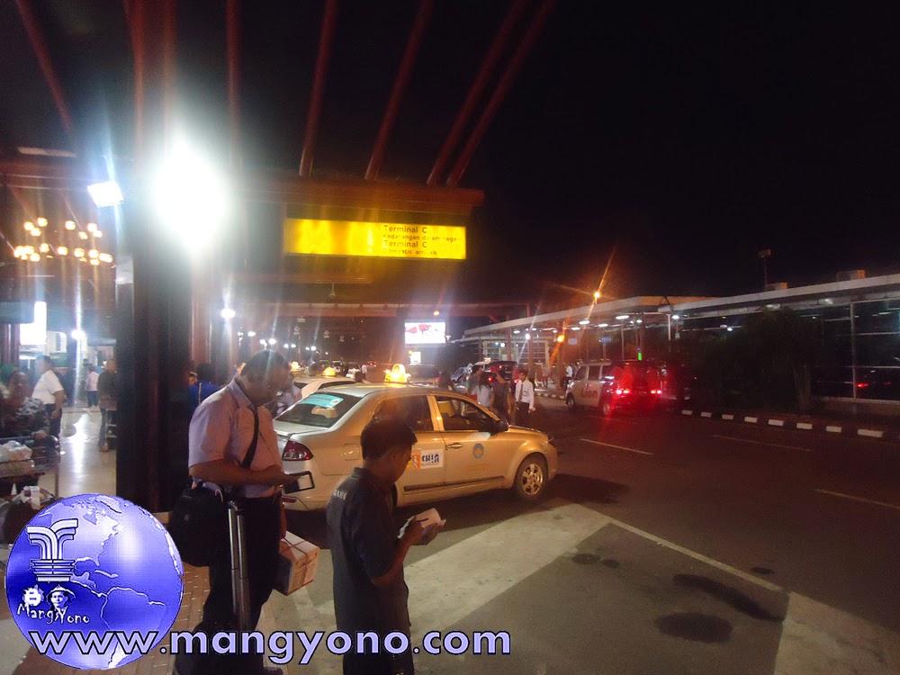 Di Bandara Internasional Soekarno Hata Terminal C Kedatangan.