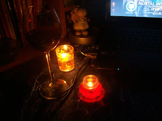 Wino i świeczki