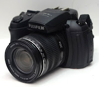 harga Fujifilm HS28 EXR