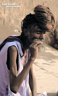 """Skeleton Alive Aghori by Isha Trivedi in Varanasi """"Isha Trivedi"""" """"Varanasi"""""""