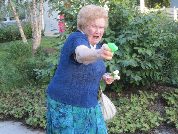 abuela peligrosa