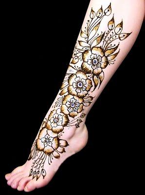 http://3.bp.blogspot.com/-nx2l4UR6sA4/TuO33t05PLI/AAAAAAAAAvQ/6xxaUvNSjdI/s1600/mehndi+design+for+foot11.jpg