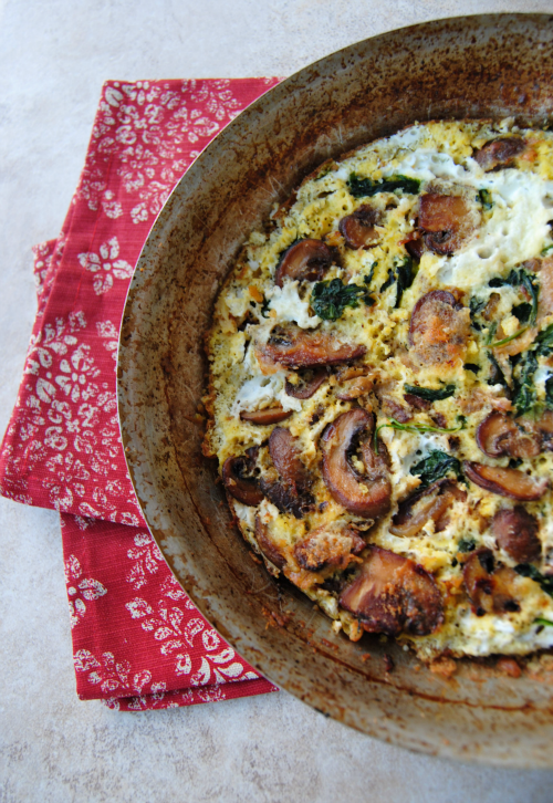 SteakNPotatoesKindaGurl: Mushroom and Spinach Frittata