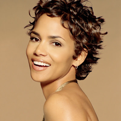 Halle Berry Cute Images