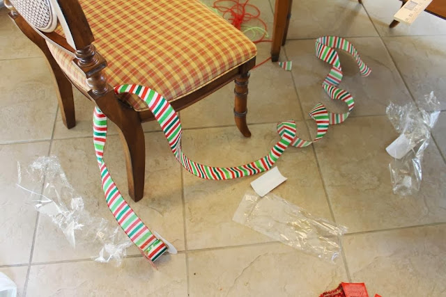 how much ribbon for deco mesh wreath
