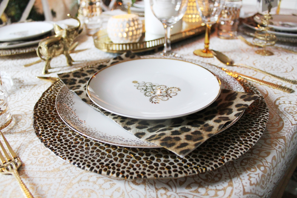 A Swoon Worthy Christmas Part III The Christmas Tablescape & A Swoon Worthy Christmas Part III: The Christmas Tablescape - Swoon ...