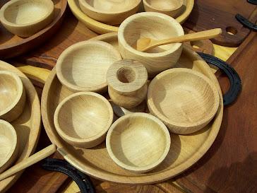 Set de fuente+ cazuelas + palillero+ bowls+ cuchara