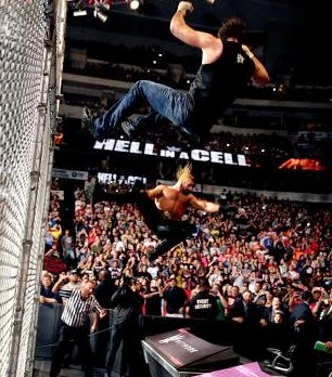 Hell in a Cell Ambrose vs. Rollins