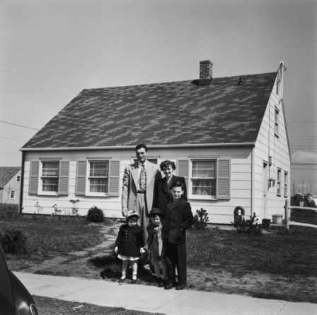 Art now and then modern housing styles for Architecture 1950