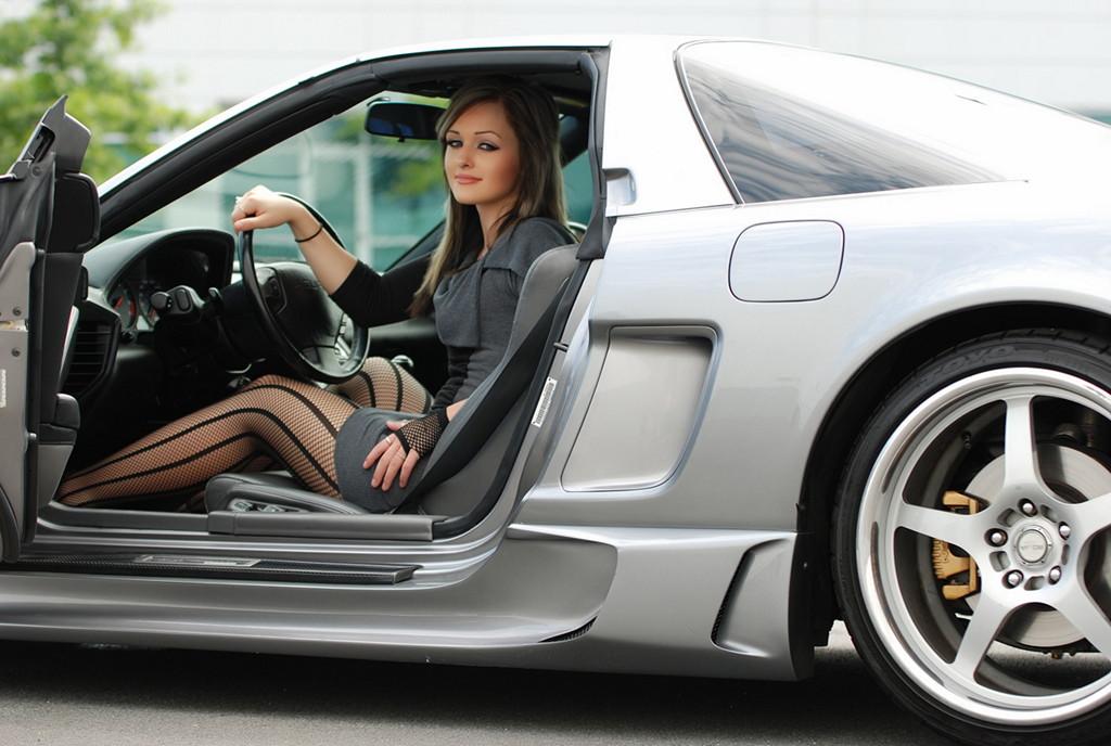 Acura NSX, kobiety i sportowe samochody, zdjęcia