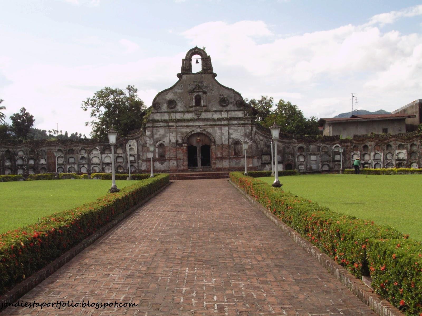 Cemetery ay isa sa mga kakaibang lugar na dinarayo ng mga turista