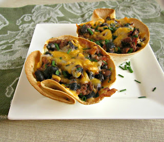 Cheesy Beef Tortilla Cups
