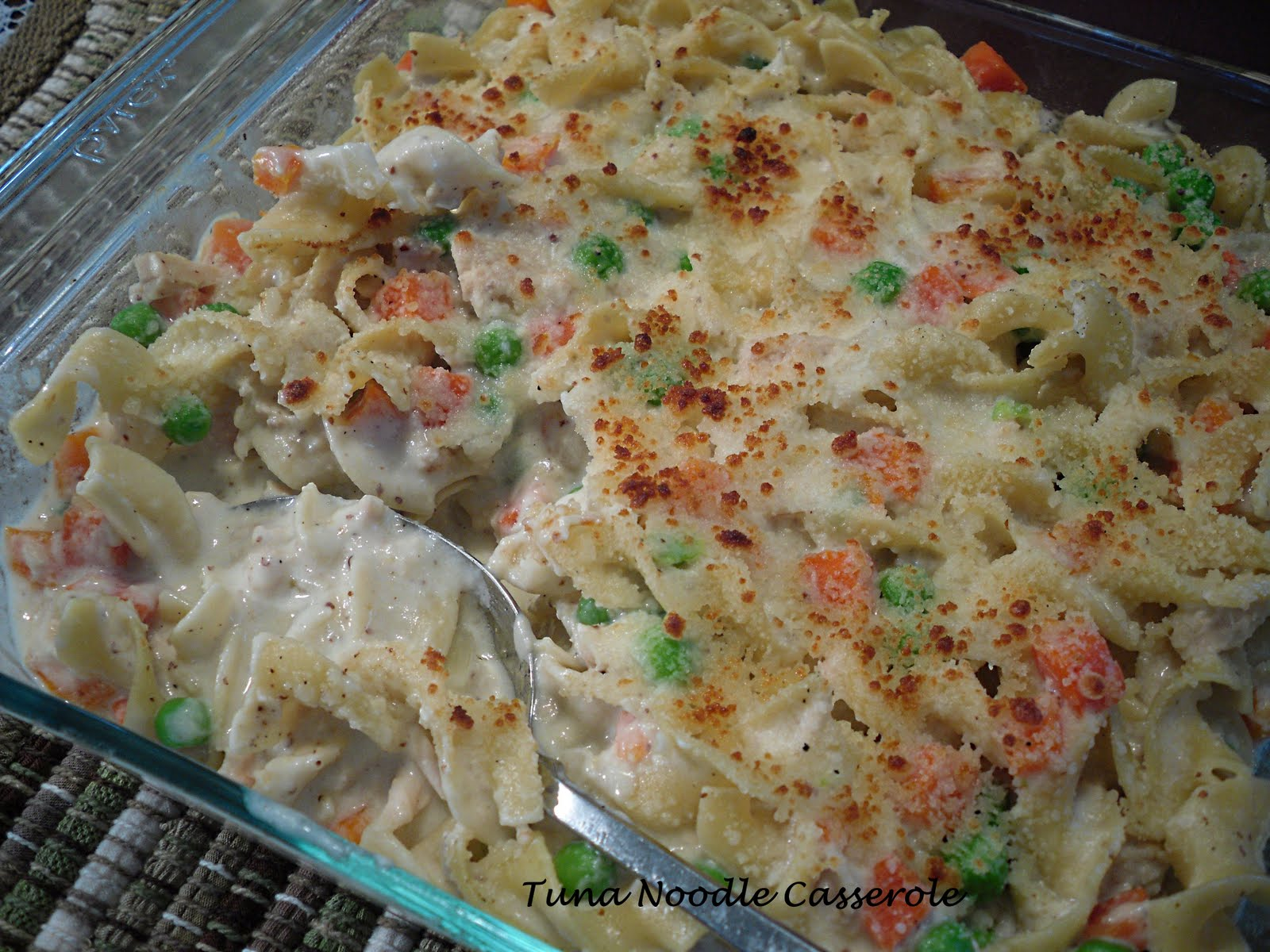 Comfy Cuisine: Comfort Food Classics - Tuna Noodle Casserole