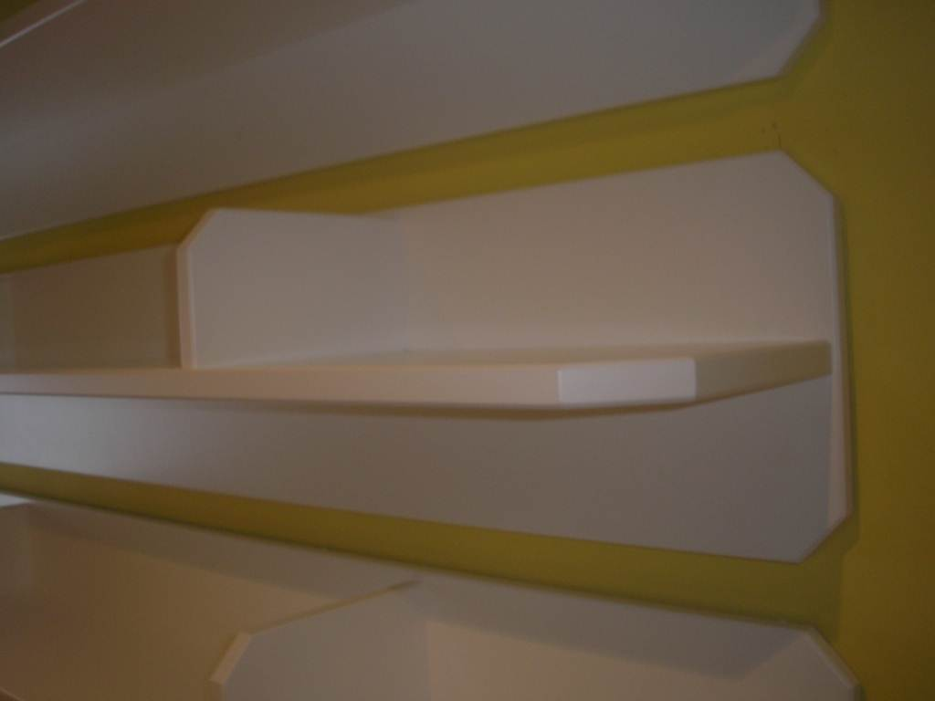 Estanteras lacadas en blanco Muebles Cansado Zaragoza