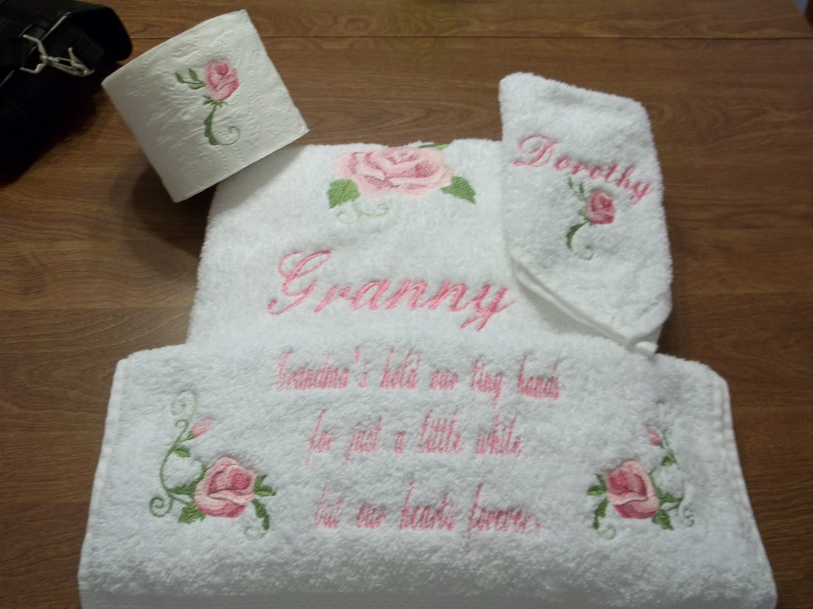 Embroidery designs for toilet paper - If You Would Like To Order A Set Like This It Sells For 25 I Can Change The Quote And The Colors Of The Roses Also Feel Free To Mix And Match Colors And
