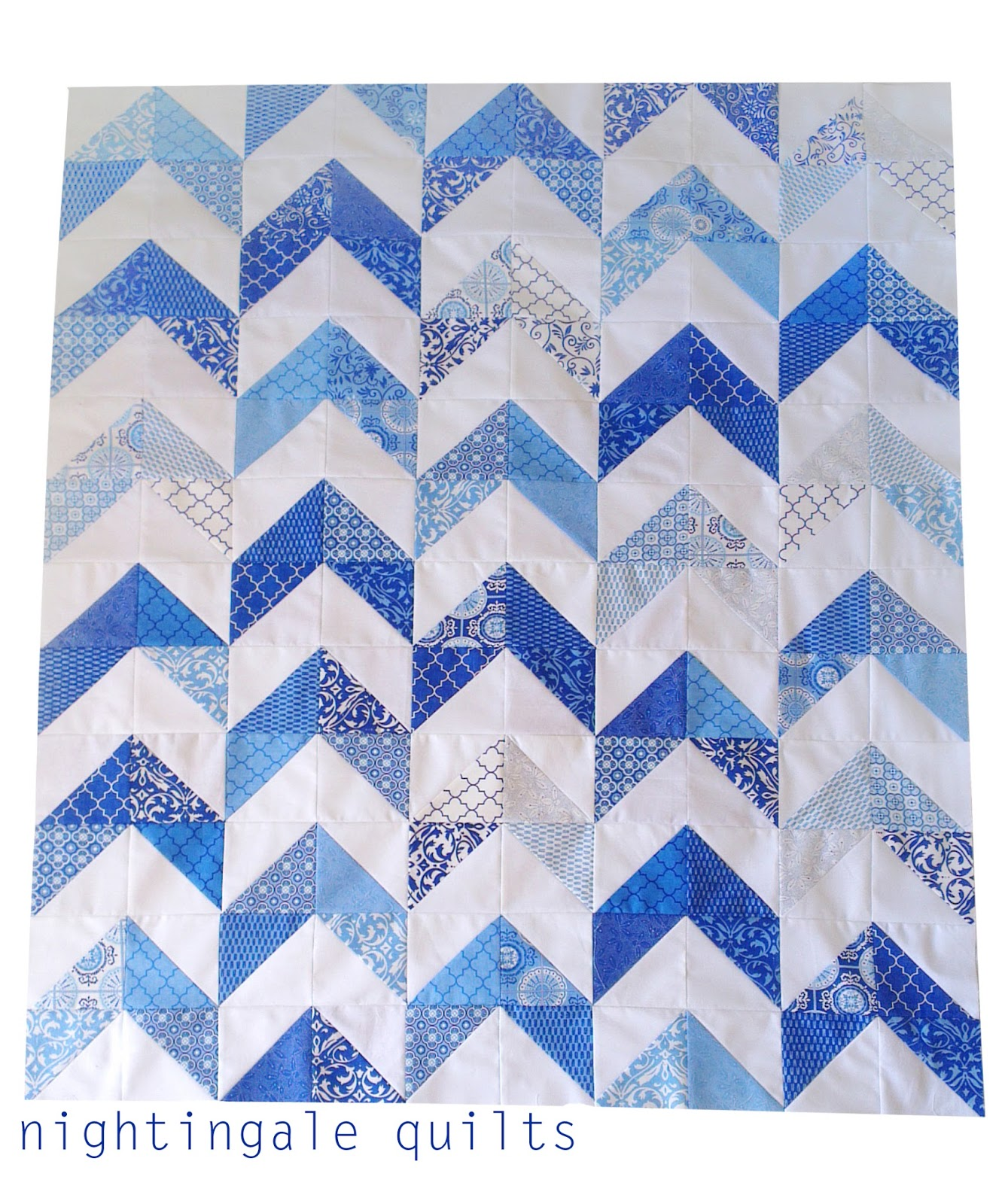 Nightingale Quilts: FREE PATTERN: Blue Arrow Quilt
