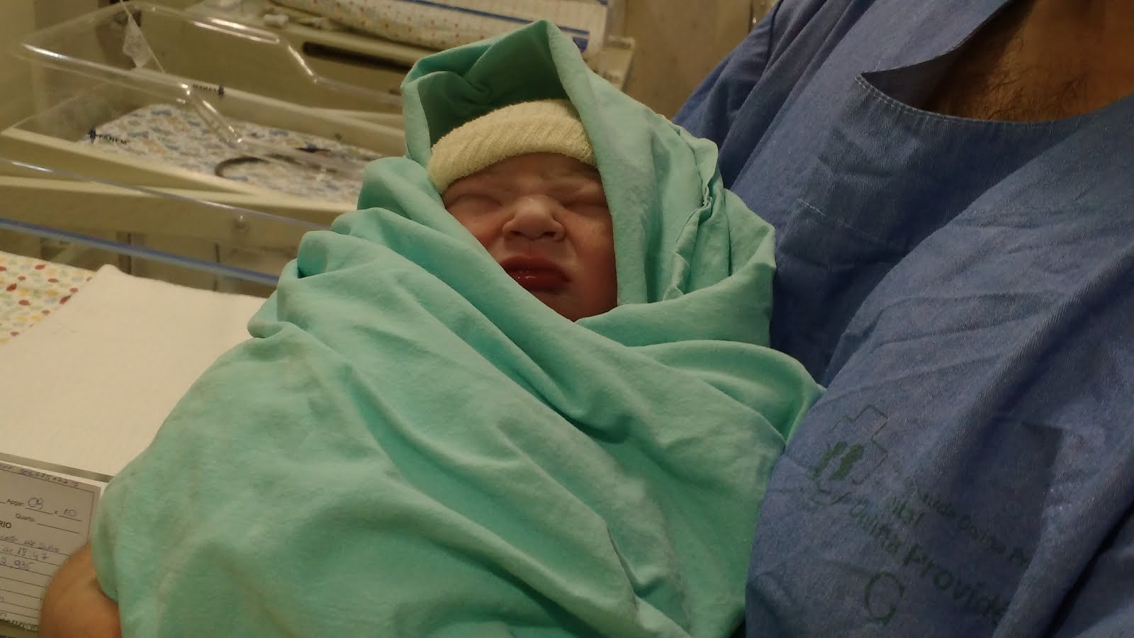 João Vicente nasceu de cesárea necessaria no dia 09/10/2015