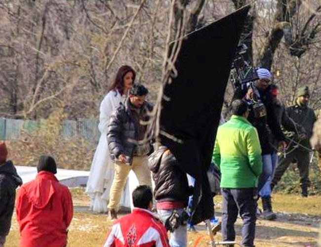 Katrina kaif in white dress in fitoor movie