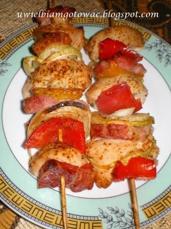 Szaszłyki z kurczaka i papryki