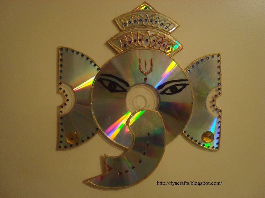 Riya 39 s crafts craft ur scrap ganesha cd craft for Waste things art