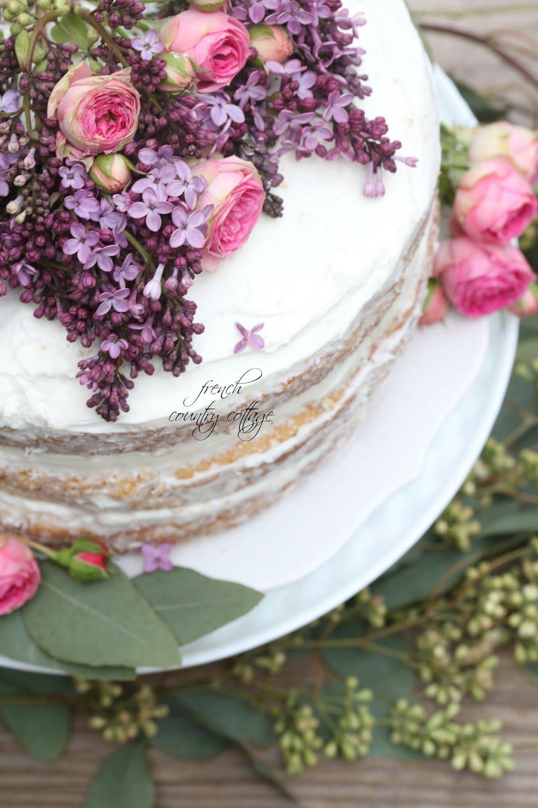 Easy Elegant Flower Topped Cake