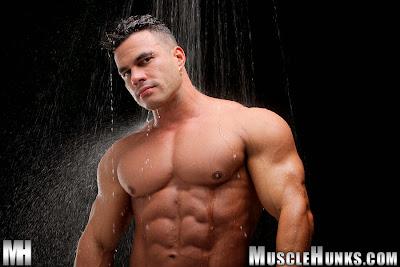 Get Body Like Alexey Gonzalez: aka Enzo Pileri