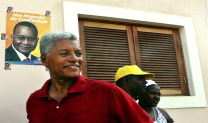 """Cabo Verde: """"QUERO CONTINUAR A SER ÚTIL"""", afirma candidato Manuel Inocêncio Sousa"""