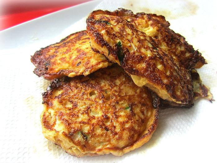 how to make cauliflower pancakes