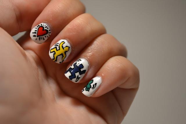 Keith Haring Nail Art av Elins naglar